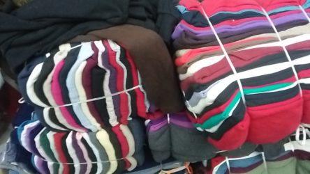 Buy old clothes @ kg in delhi